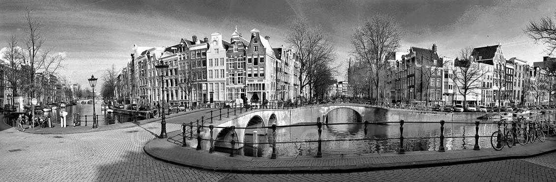 panorama-keizergracht-amsterdam-black-and-white